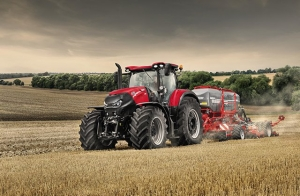 "CASE IH Optum 300 CVX z tytułem ""Tractor of the Year 2017"""